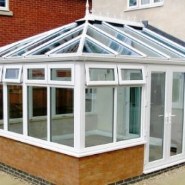 Differences Between Orangeries and Conservatories
